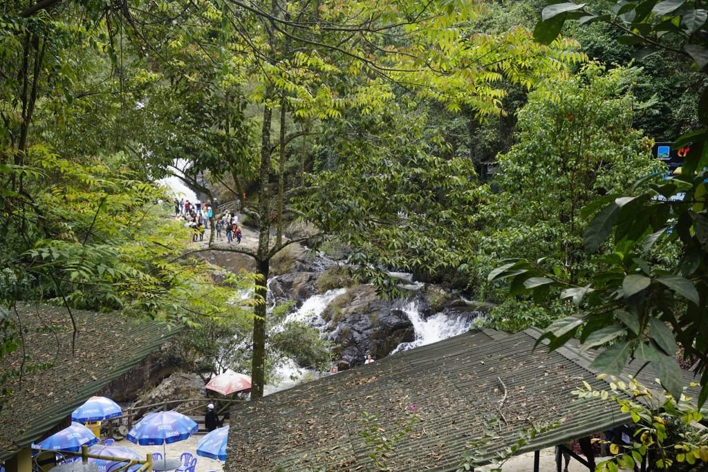 Thăm thác nước Datanla12