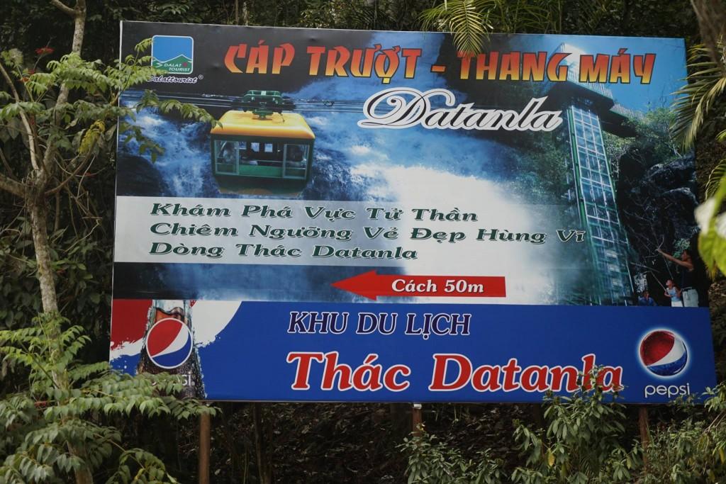 Thăm thác nước Datanla15