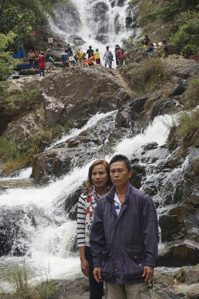 Thăm thác nước Datanla19