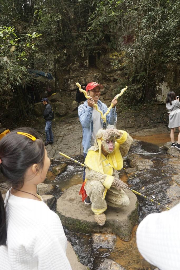 Thăm thác nước Datanla32